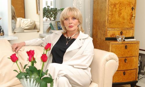 Актриса Марианна Вертинская