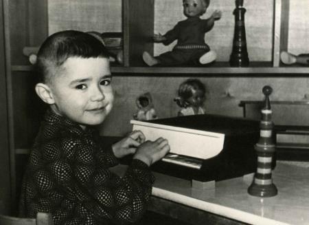 Женя Осин в детстве