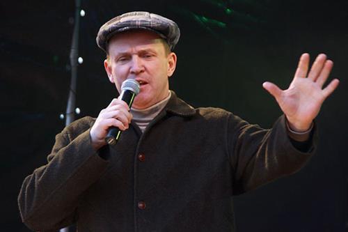 Александр Рыбин на сцене