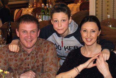 Наталья Сенчукова с мужем и сыном Василием