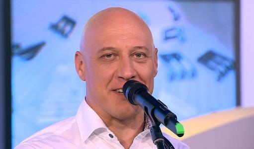 Певец и музыкант Денис Майданов