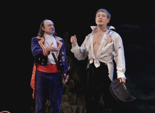 Дмитрий Исаев на сцене театра