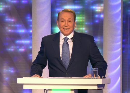 Александр Масляков на сцене КВН