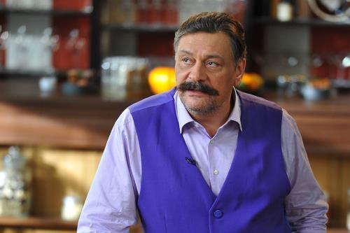 Актер Дмитрий Назаров