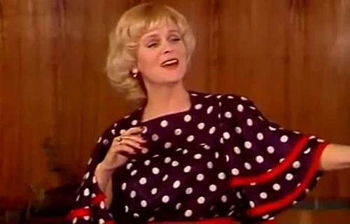 Эстрадная певица Вероника Круглова