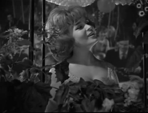 """Вероника Круглова на """"Голубом Огоньке"""", 1964 г."""