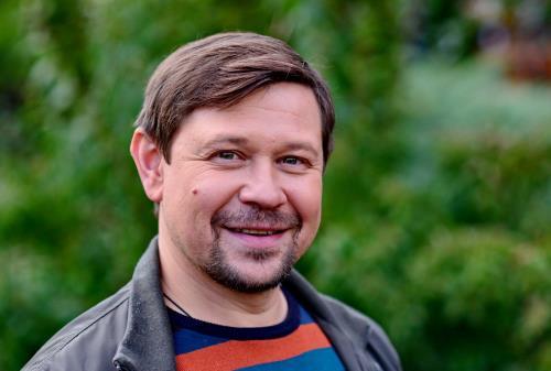 Актер Анатолий Гущин