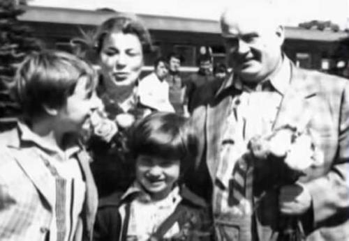 Евгений Моргунов с женой Натальей и сыновьями