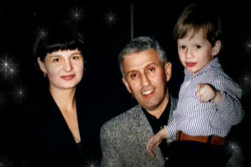 Юрий Айзеншпис с семьей: женой Еленой и сыном Мишей