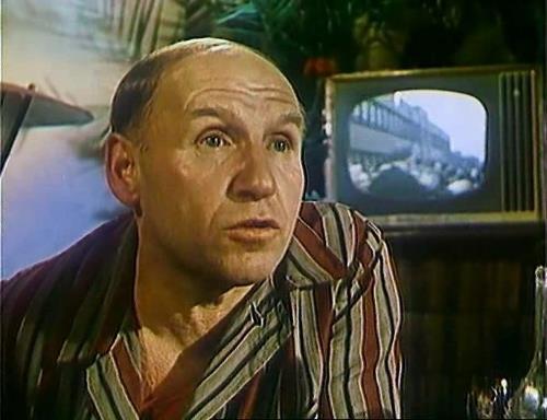 """Актер Николай Парфенов - биография и личная жизнь:  """"сдох бы поскорее!"""" - шипели """"родственники""""..."""