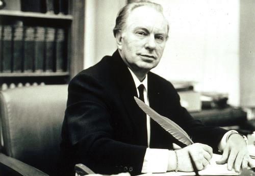 Писатель Рон Хаббард