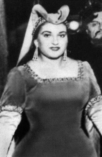Мария Каллас была поначалу полной девушкой