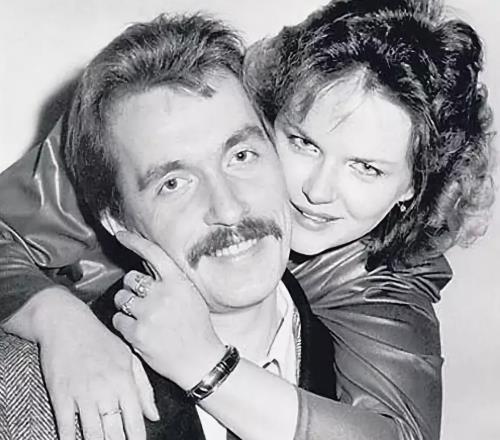 Александра Яковлева с мужем