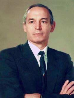 Василий Лановой