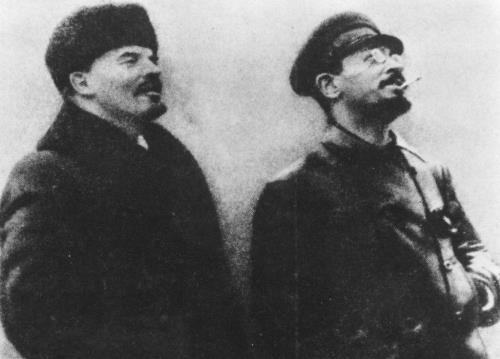 Лев Троцкий и В.И.Ленин