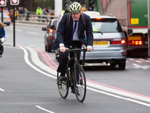 Будучи мэром, Борис в любое время года передвигался на велосипеде