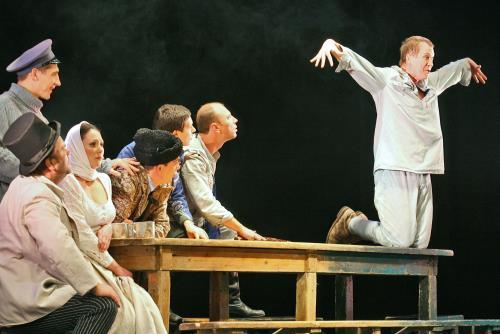 Миронов на сцене театра