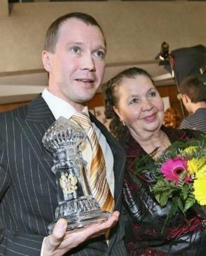 Евгений Миронов с мамой